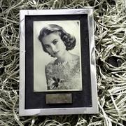 ANTIQUE Frame Autograph Grace Kelly FKS516D54